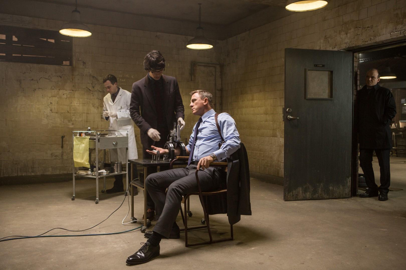 Daniel Craig;Ben Whishaw;Rory Kinnear